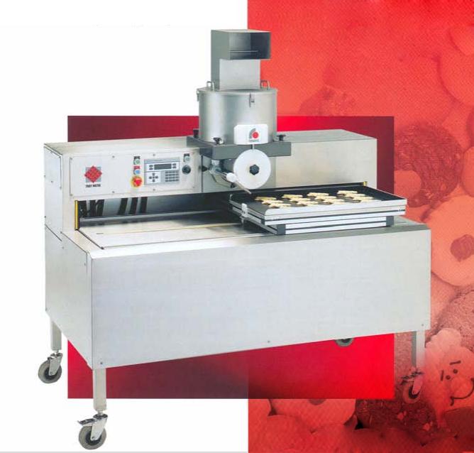 Deighton Traymatic Cookie Machine