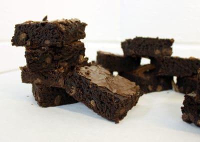 Bakery Slicers | Brownie Slicers | Wholesale Bakery Packaging