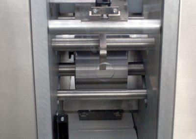 excalibur-bagel-divider-output